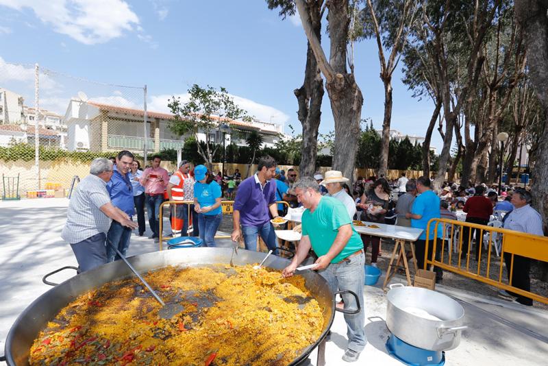 Coempa recauda con su jornada solidaria 1.800 euros para AFA Marina Baixa