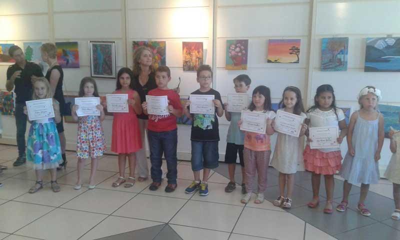 Finaliza el curso de pintura creativa para niños impartido por Isabel Pedrola