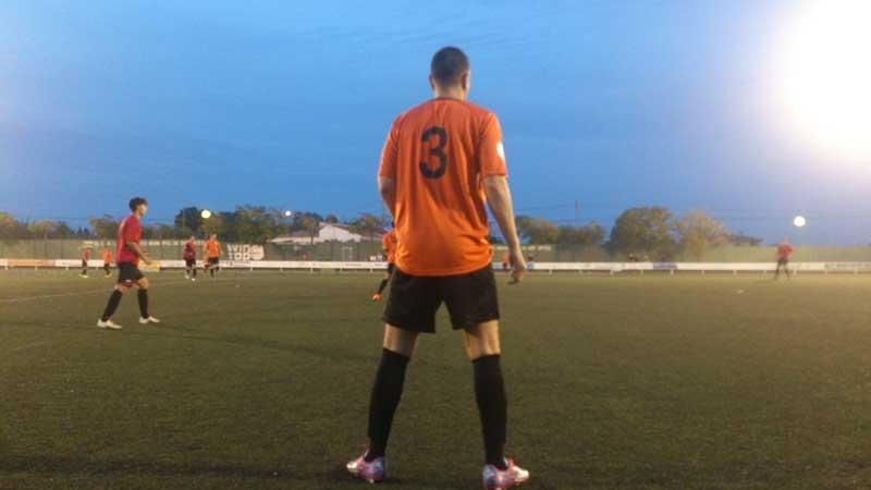 El Oranje recupera ante el Jove Español de San Vicente los puntos perdidos la semana anterior.