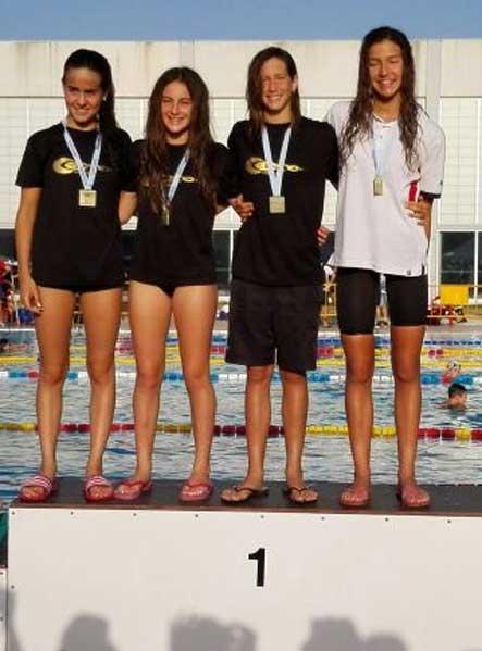 Cuatro podiums para Izaskun de Zulueta  en el Autonómico de natación que se ha disputado en Sedaví.