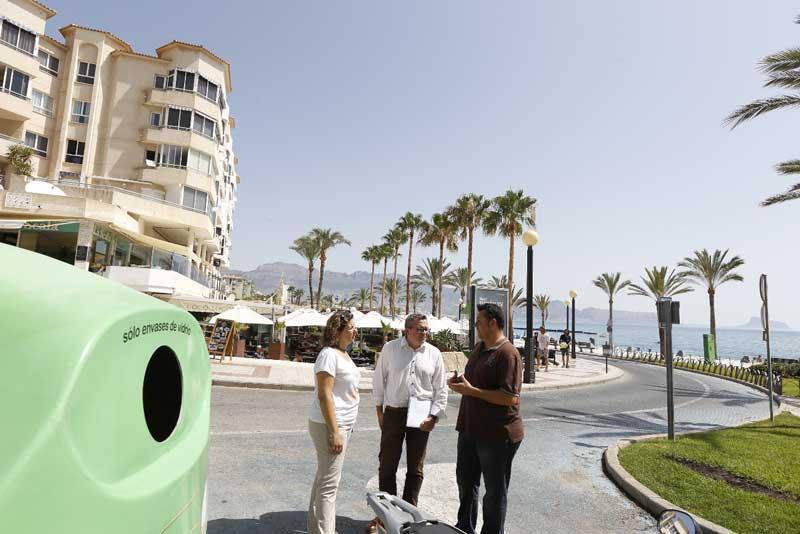 El 70 % de los establecimientos hosteleros de L'Alfàs se suman a la campaña en marcha para impulsar el reciclado de envases de vidrio
