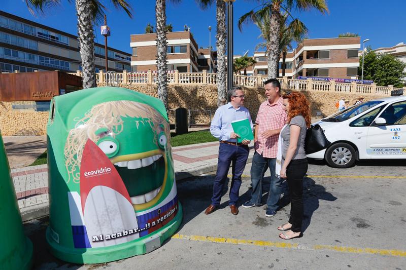 El Ayuntamiento de l'Alfàs y Ecovidrio ponen en marcha una campaña de reciclado de vidrio en el sector de la hostelería