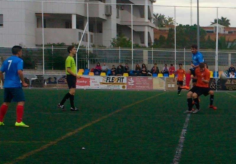 Tres puntos más para el CF Oranje ante el Moraira que le acercan a los puestos de cabeza en 2º regional