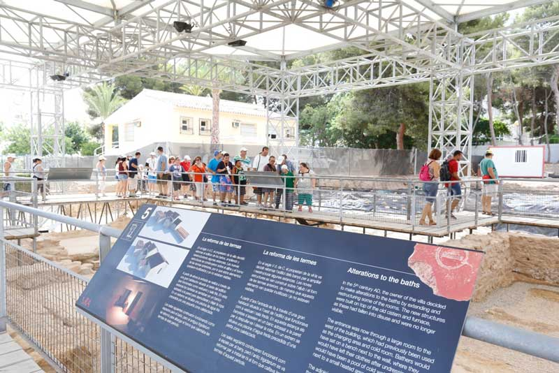 Cultura oferta visitas guiadas al Museo Villa Romana de l'Albir durante el mes de julio