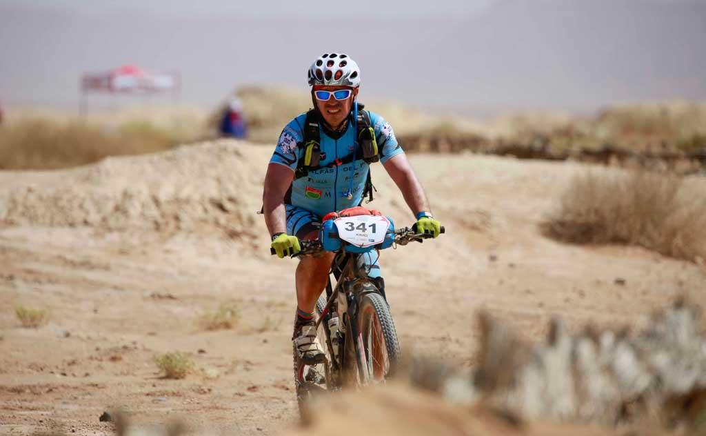El equipo de l'Alfas del Pi termina 4º la tercera etapa de la Gaes Titan Desert by Garmin