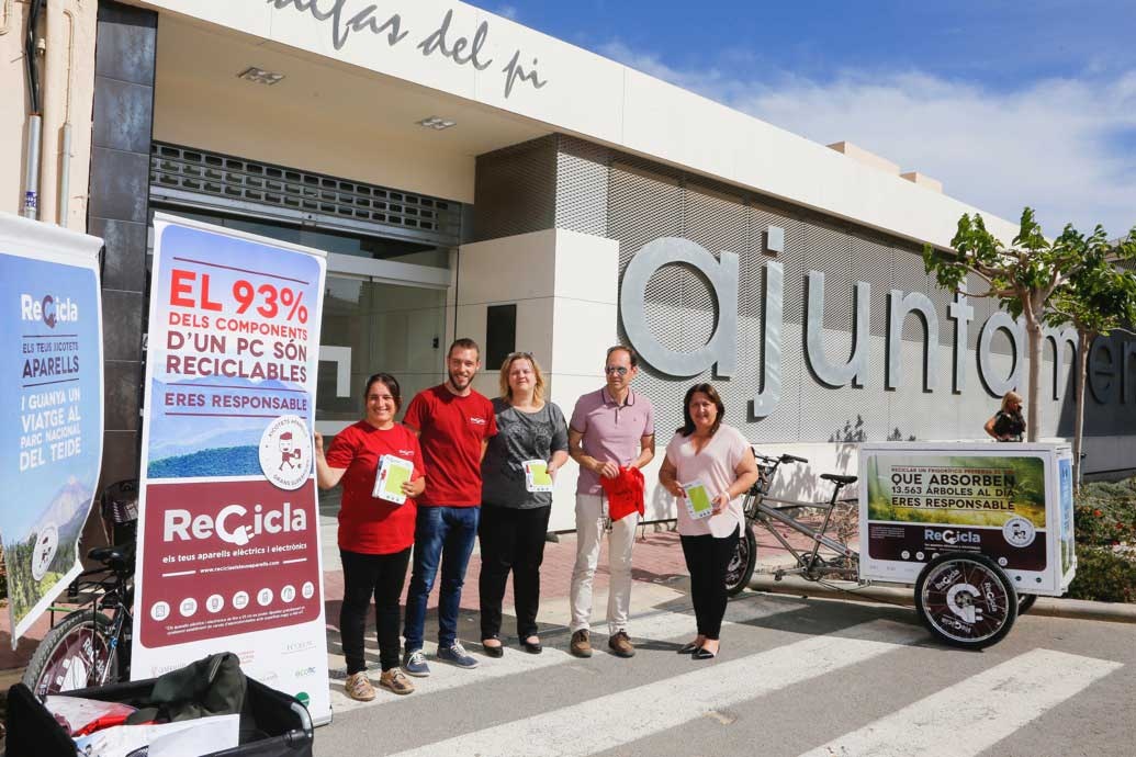 La campaña de reciclaje de aparatos eléctricos y electrónicos recala en l'Alfàs del Pi