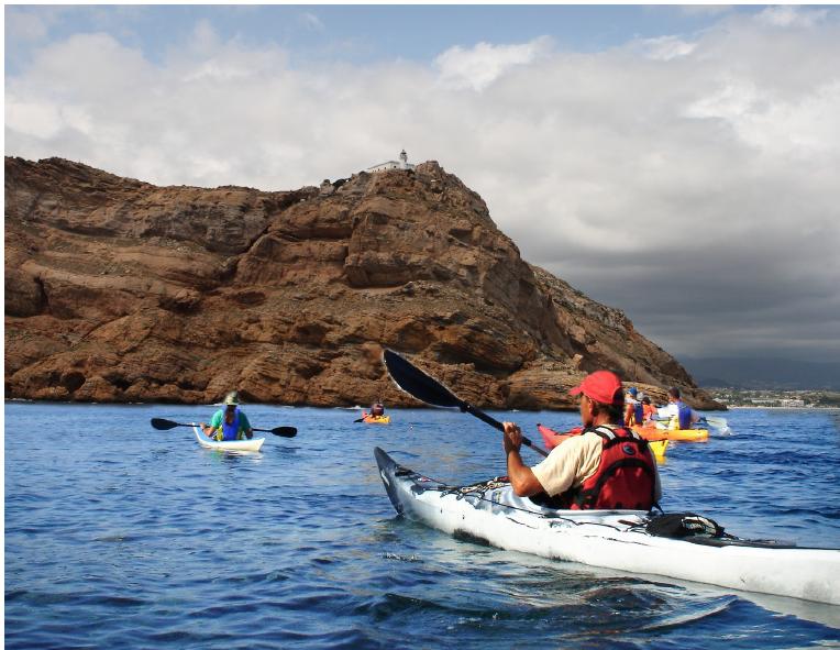 L'Alfàs oferta en verano salidas gratuitas en kayak por el Parc Natural de Serra Gelada