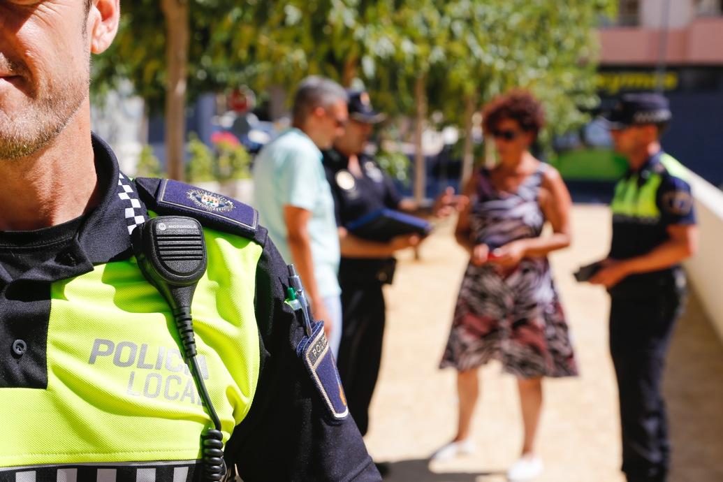 L'Alfàs del Pi dota de nuevas emisoras TETRA a la Policía Local para mejorar su capacidad de intervención y coordinación