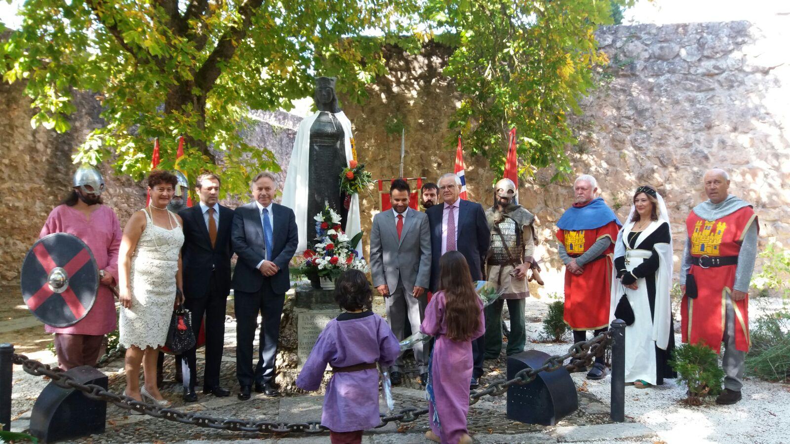 L'Alfàs del Pi y Covarrubias se hermanan para el desarrollo de actividades culturales