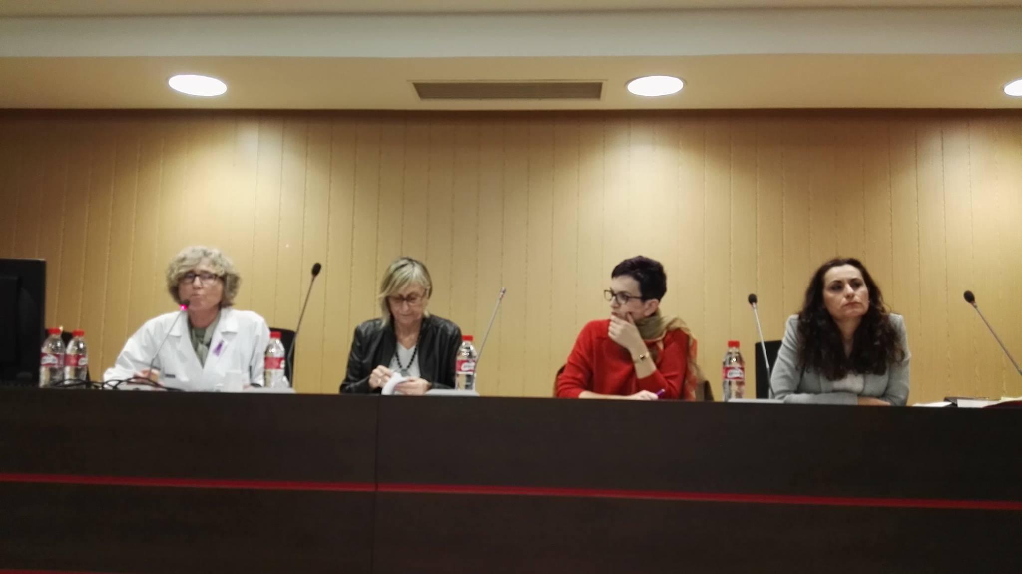 L'Alfàs del Pi anima a los sanitarios a actuar ante los posibles casos de violencia de género que puedan detectar
