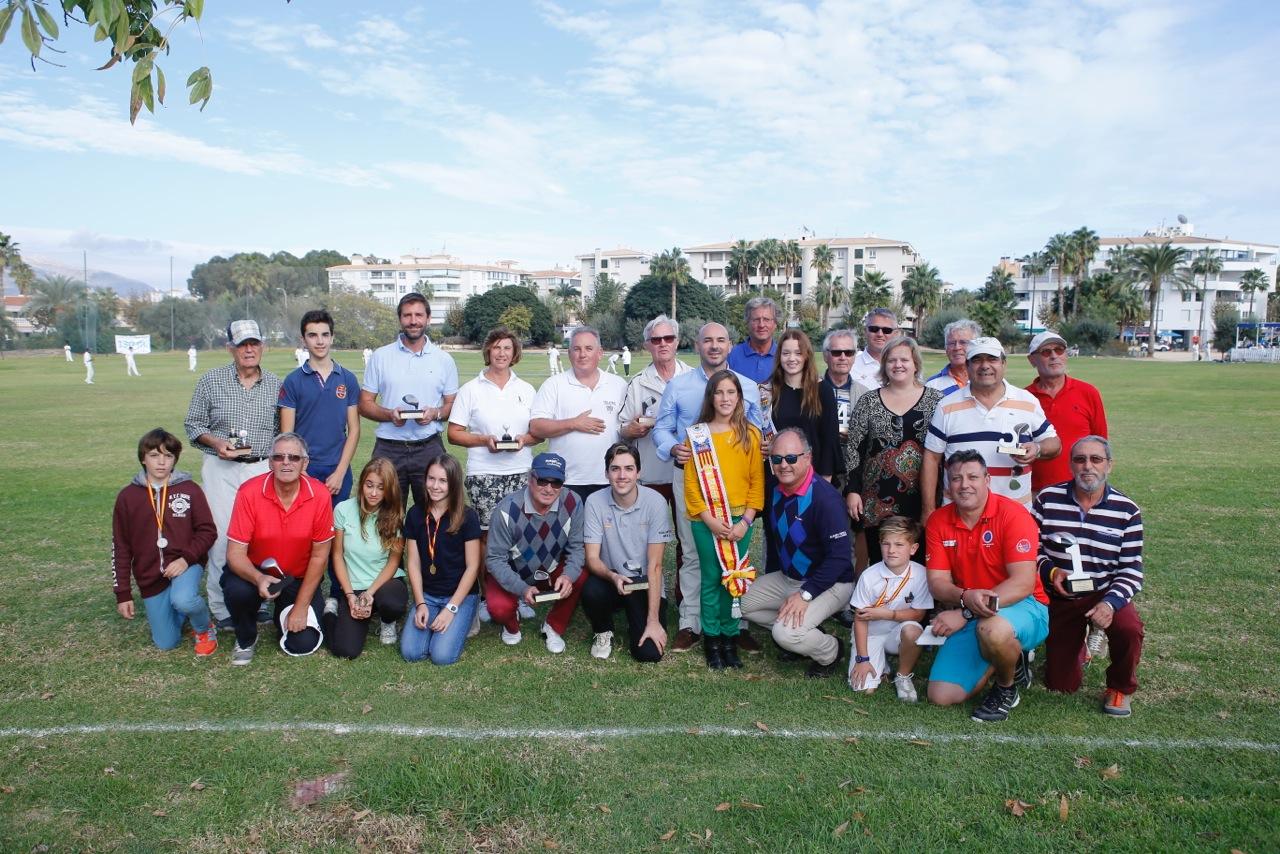 Román Martín y Saray Kleeberg se llevaron el XIII Torneo de Fiestas de Golf de l'Alfàs del Pi