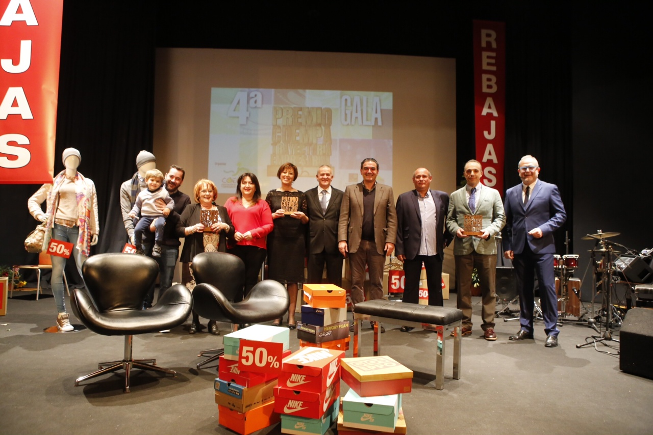 Grupo ZetaZeta, Saneamientos Devesa Pérez y Farmacia M. Ángel Criado Fuster reciben los Premios COEMPA