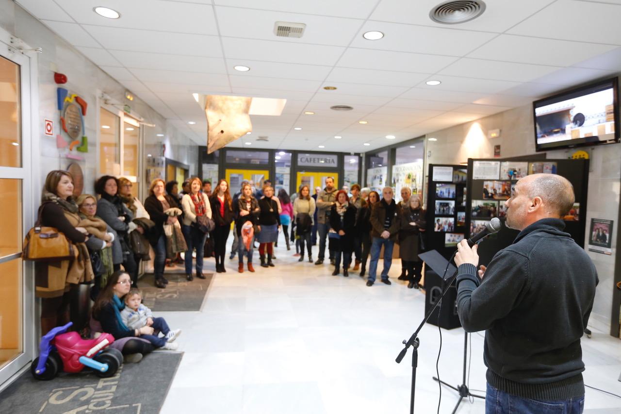 La casa de cultura de l'Alfàs acoge una exposición sobre el trabajo de las Brigadas Solidarias en Cuba