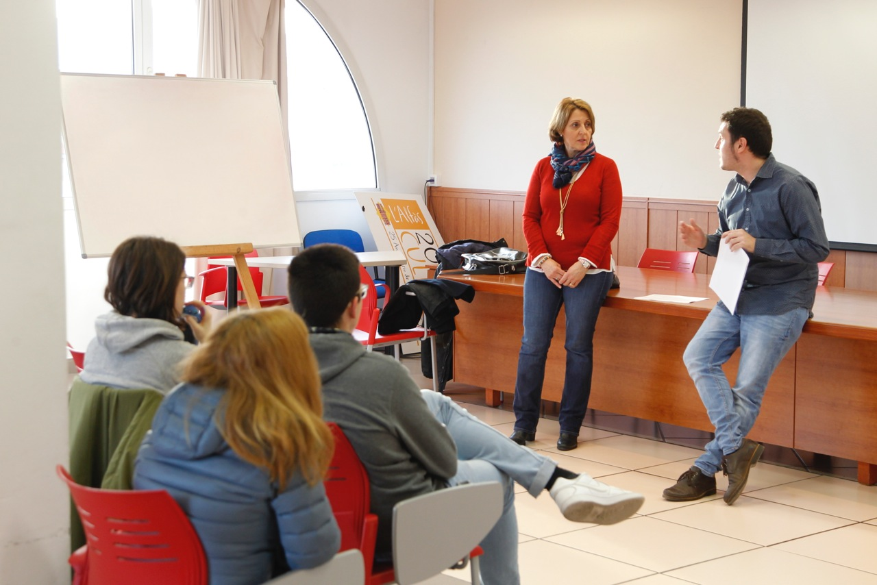 La semana que viene comienzan los cursos de valenciano en la casa de cultura