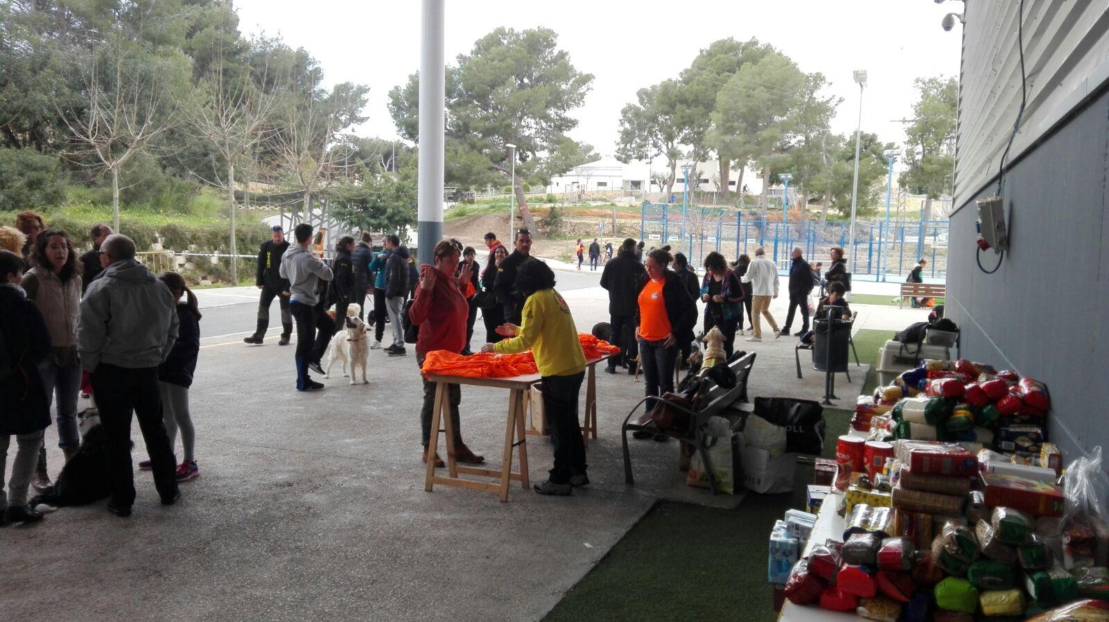USAR 13 celebró la jornada solidaria  en el Pabellón Pau Gasol .