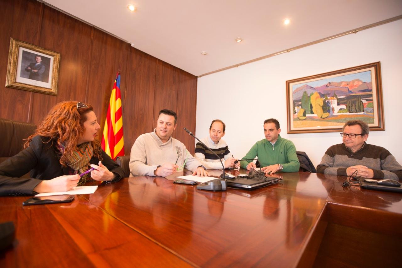 El Ayuntamiento de l'Alfàs evalúa los daños tras el temporal de mar