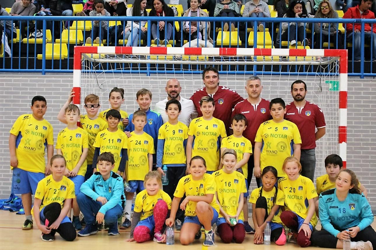 El pabellón Pau Gasol acogió la  3ª concentración de la Liga Costa de balonmano este fin de  semana.