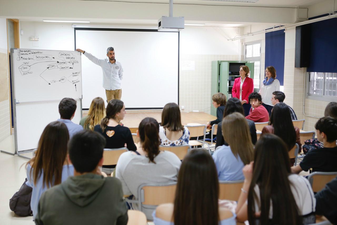 Más de medio millar de alumnos participan de la campaña de prevención de drogodependencias