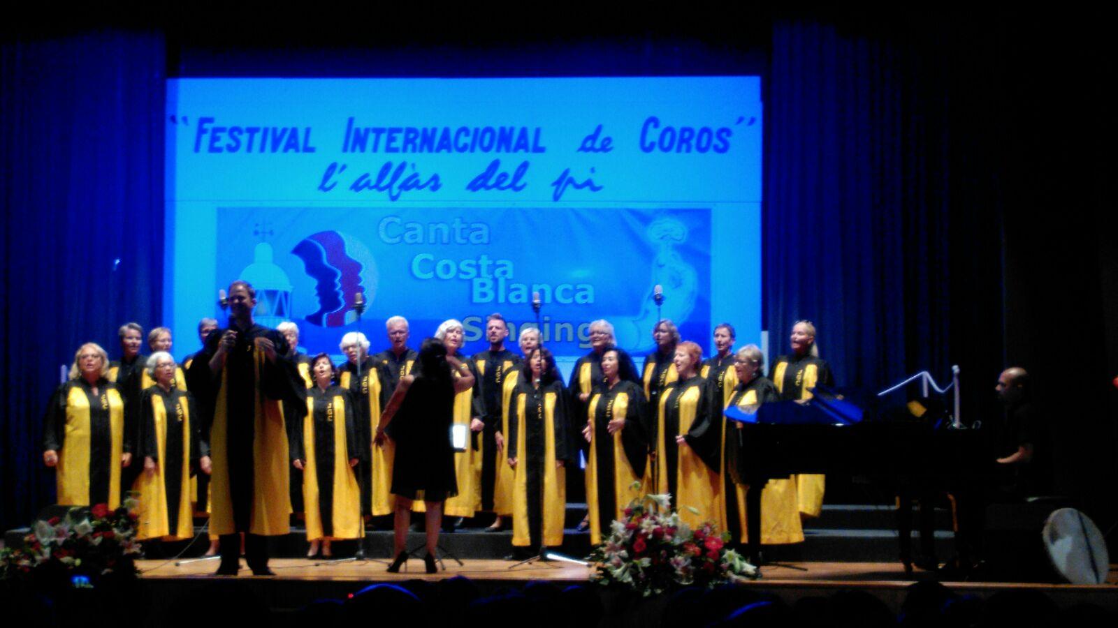 Yoyful Gospel Costa Blanca y Stavanger Prosjektkor clausuran el sexto Festival de Coros de l'Alfàs