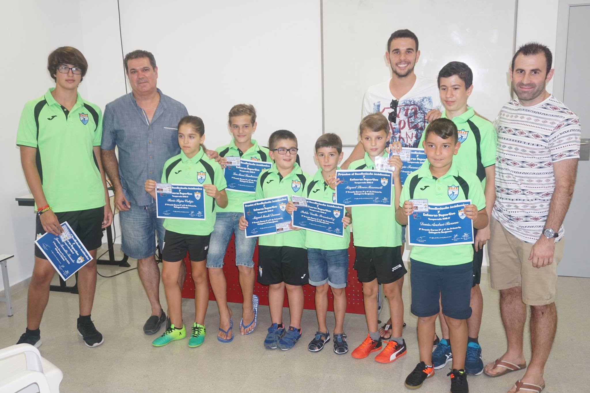 El CFS de l'Alfàs premia a los mejores jugadores y estudiantes.