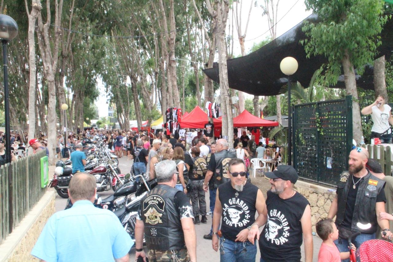 Cerca de 3.000 moteros se dieron cita en l'Albir con motivo del Costa Blanca Bike Show