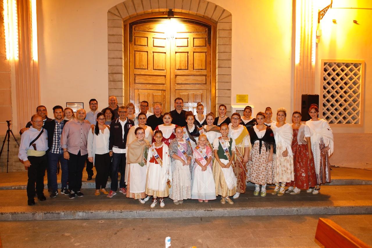L'Alfàs revivió una de sus mayores tradiciones culturales con 'Les Copletes a la Verge dels Dolors'