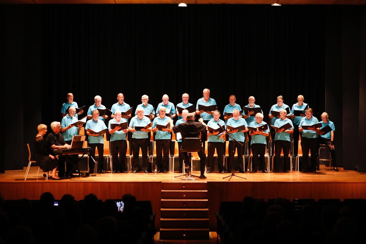 Concierto benéfico de Orihuela Costa Male Choir en l'Alfàs