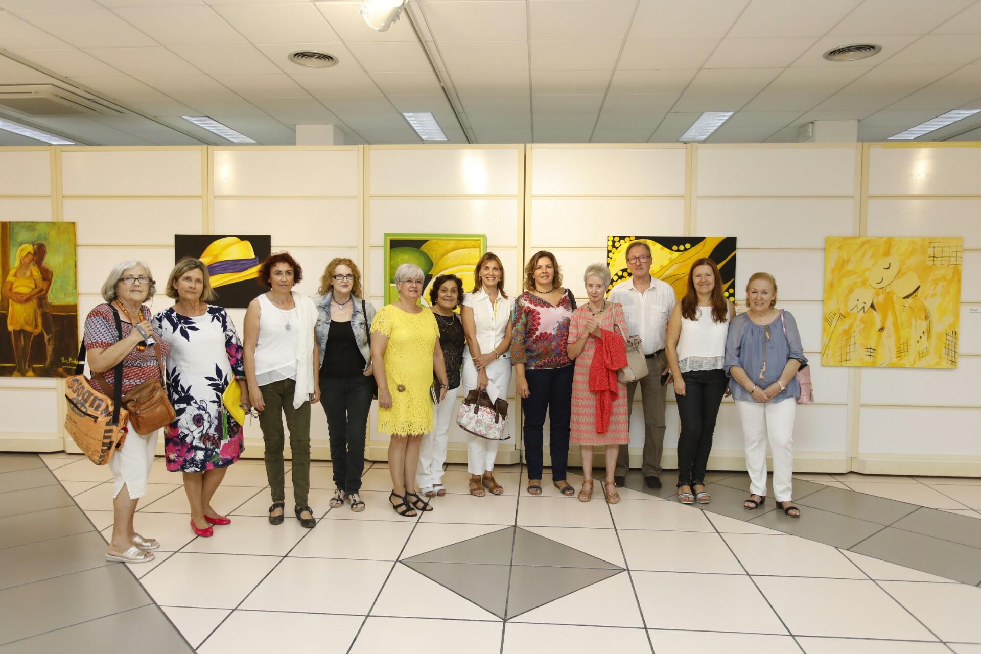 """La Casa de Cultura de l'Alfàs acoge la exposición """"Nosotras y el Amarillo"""""""