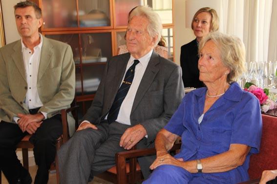 El Consulado Noruego homenajea a la escritora Lise Kristensen residente en l'Alfàs