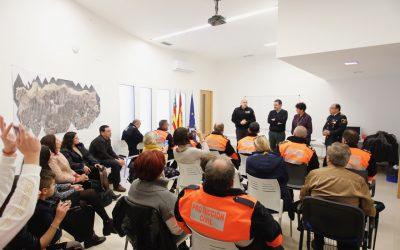 Condecorados voluntarios de Protección Civil de l'Alfàs por sus años de dedicación y servicio