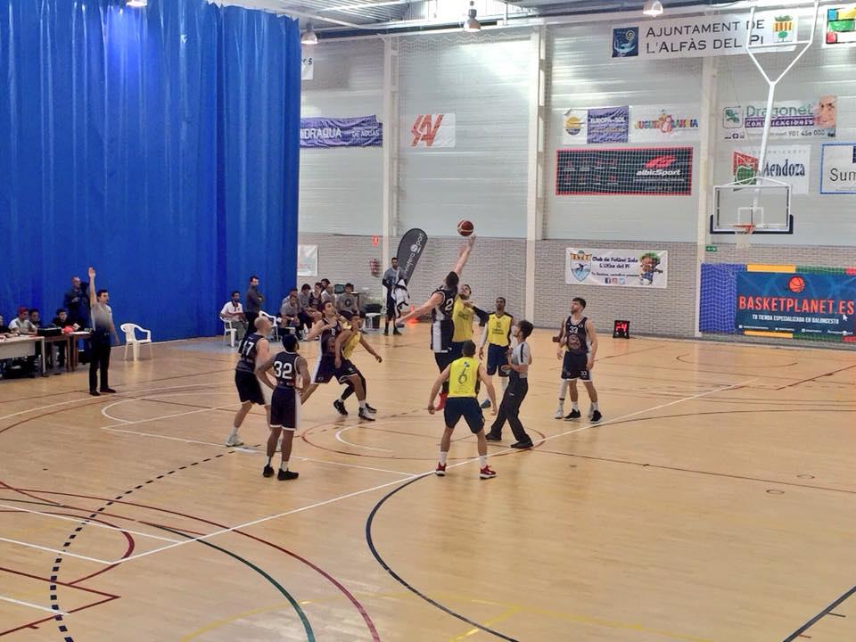 Una  victoria del Parc Natural Serra Gelada de basket ante el Gandía Basket  los mete en la fase de ascenso a LEB plata .