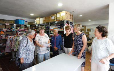 Residentes del Forum entregan donación a la Asociación Voluntariado de l'Alfàs