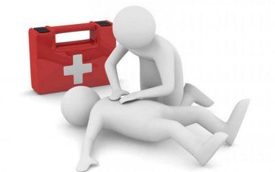 Sanidad lanza un taller gratuito de reanimación cardiopulmonar y uso del desfibrilador