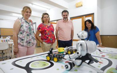 El Centro de Formación Ocupacional de l'Alfàs acoge un curso de robótica educativa