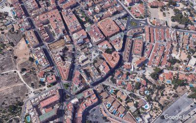Corte de tráfico en un tramo de la calle Exèrcits Espanyols