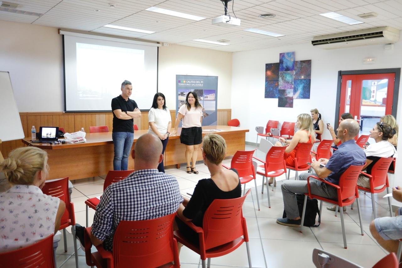 L'Alfàs acogió una charla sobre liderazgo en la empresa y  trabajo en equipo