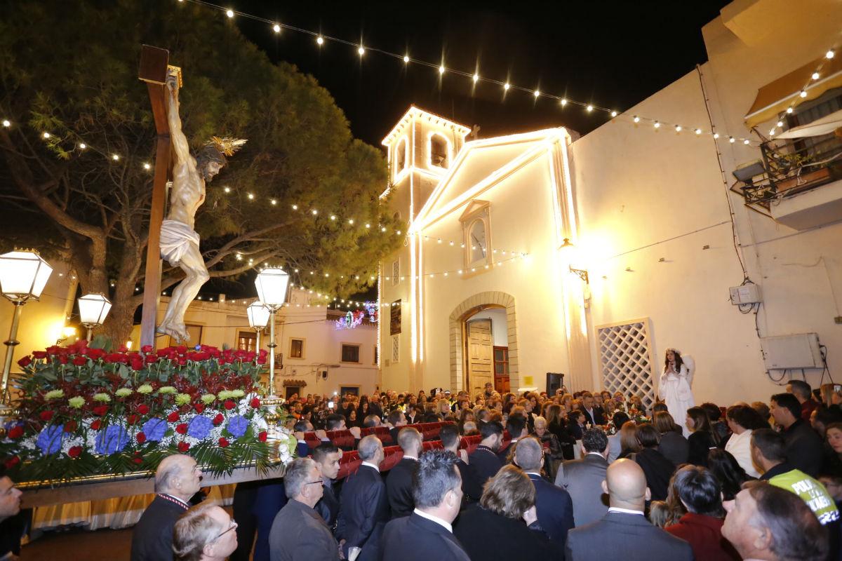 L'Alfàs lanza el concurso de engalanamiento de calles en fiestas