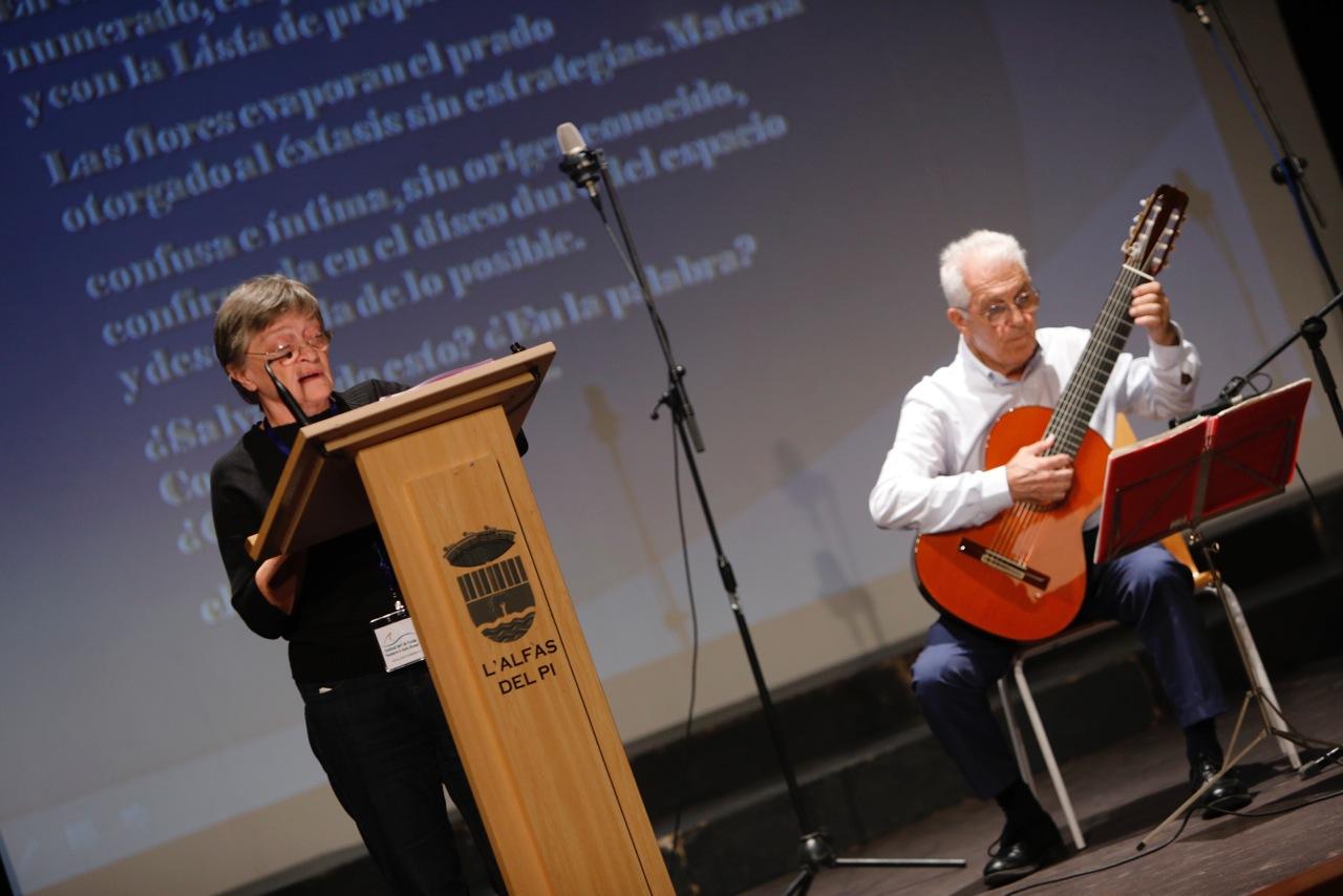 L'Alfàs del Pi inspira a los poetas participantes en el III Festival Internacional de Poesía