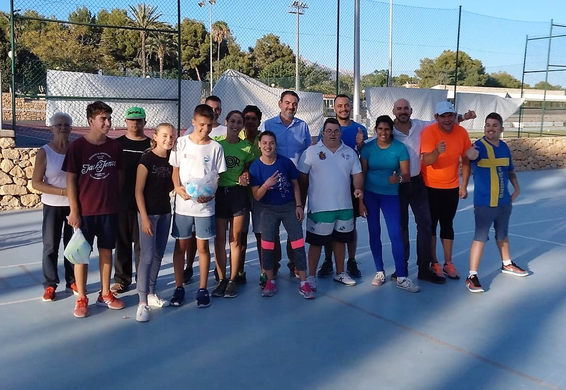 """""""Proyecto Piloto"""" es el nombre de una actividad deportiva para jóvenes con alguna discapacidad que hace cinco años se desarrolla en l'Alfàs del Pi"""