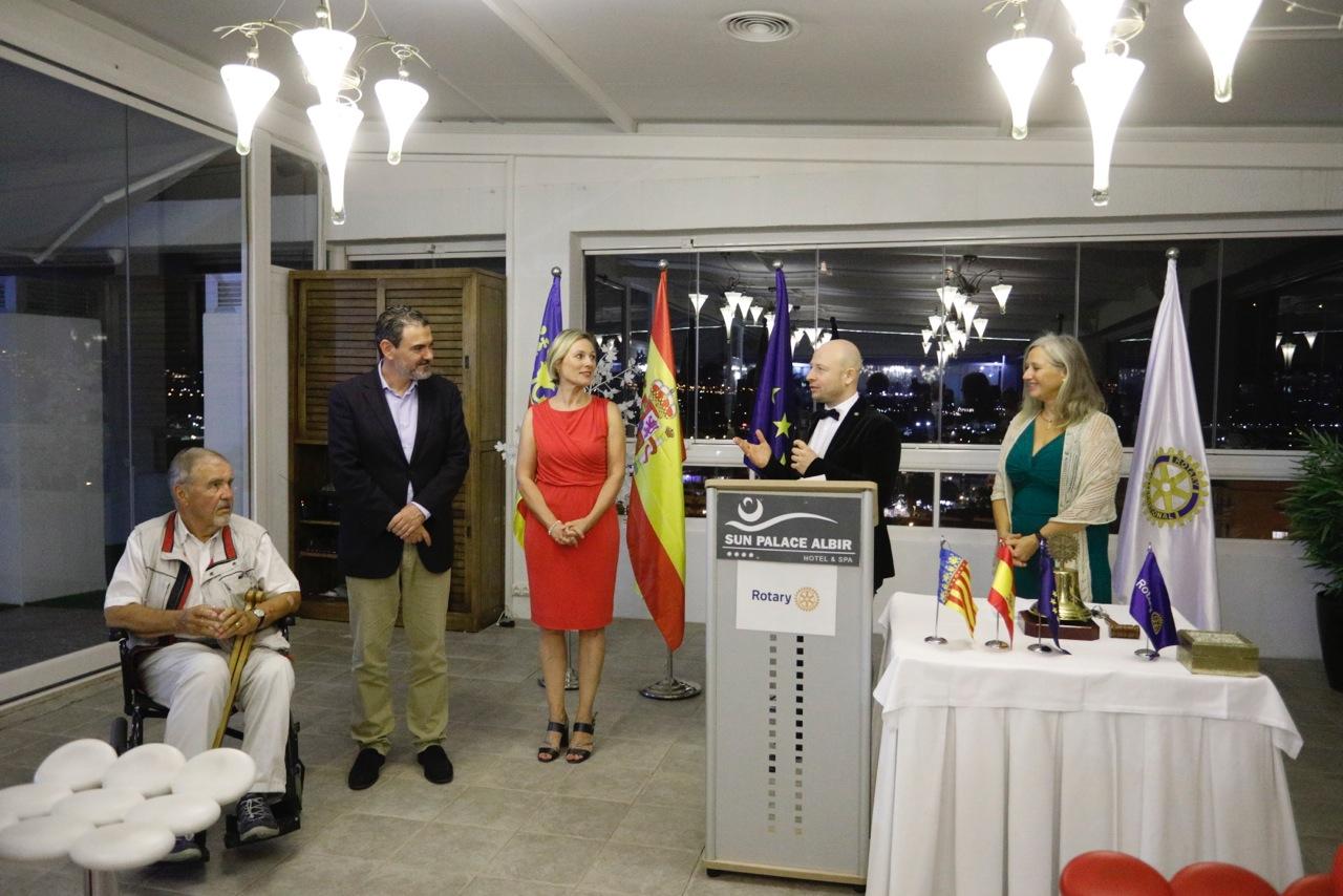Exgobernadores del Rotary Club de Suecia visitan l'Alfàs del Pi