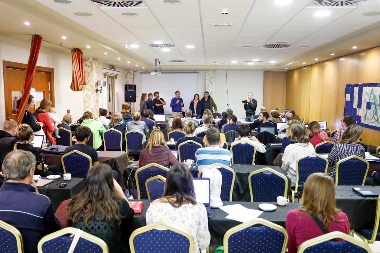 Medio centenar de asociaciones internacionales de voluntariado se reúnen en l'Alfàs