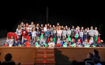 José Quintana y Natalia Serra ganan el concurso de tarjetas navideñas convocado por Educación