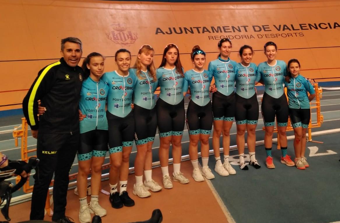 El domingo debutó en competición oficial el equipo femenino de ciclismo de l'Alfàs del Pi