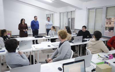Más de 80 alumnos se benefician de la oferta formativa del CFO l'Alfàs del Pi