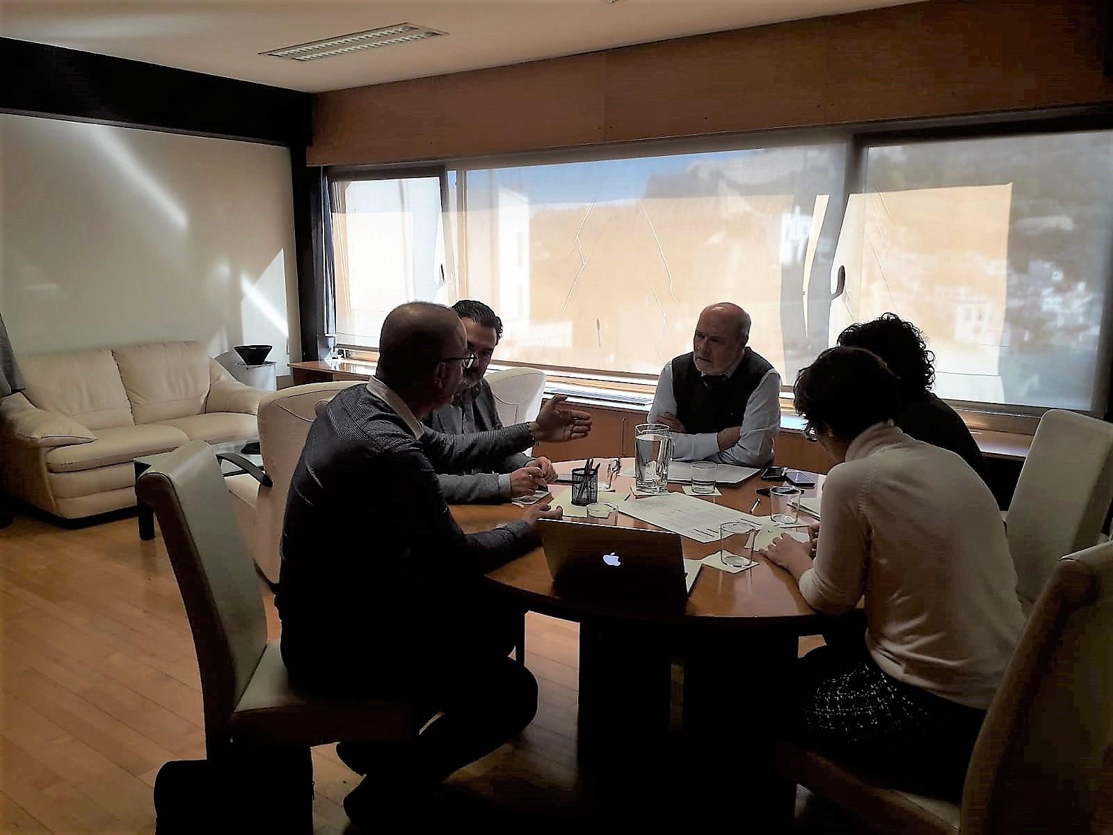 Arques y la AVI analizan los resultados de las mesas de diálogo tecnológico sobre salud y bienestar