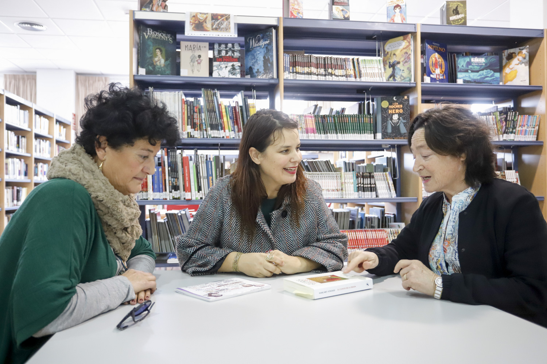 En febrero vuelve el club de lectura feminista de l'Alfàs con 'El cuento de la criada'