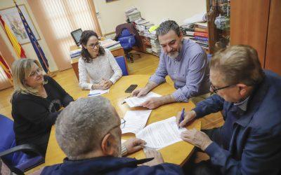 El Ayuntamiento de l'Alfàs del Pi renueva su compromiso de colaboración con el Centro Doble Amor