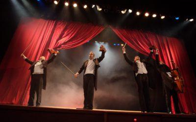 Yllana levanta al auditorio de la Casa de Cultura con su espectáculo 'Pagagnini'