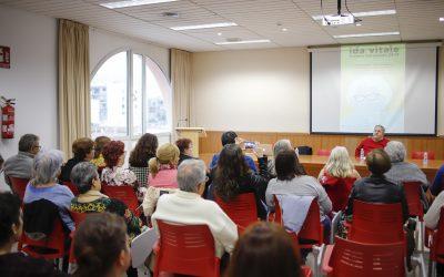 L'Alfàs acogió una charla sobre la vida y obra de la poeta uruguaya Ida Vitale