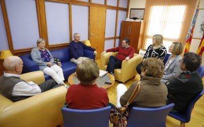 Una delegación del municipio argentino de La Cumbrecita visita l'Alfàs del Pi